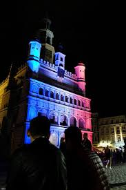nice attacks remembered as world buildings light up in french
