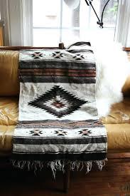 plaids pour canapé plaids pour canapes plaid pour canapac dangle en cuir marron plaids