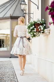 unterrock fã r brautkleid brautkleid farbig mit wunderschönen accessoires für standesamt