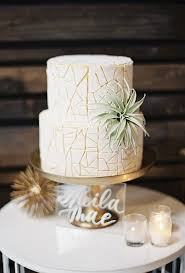 small wedding cakes summer wedding cake ideas brides