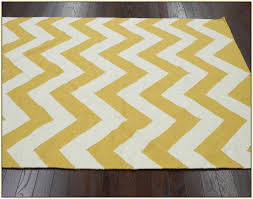 Gray And Yellow Rugs Yellow And Grey Chevron Rug Roselawnlutheran
