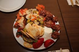 cuisine maltaise marsaxlokk malte restaurant ta victor poisson frais vivaneau