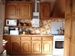 cuisine en chene repeinte repeindre cuisine en chene moderniser repeindre une cuisine en