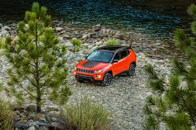 trailhawk jeep green 2017 jeep compass first look review motor trend
