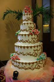 wedding cake kelapa gading handoko nevy wedding by klub kelapa gading bridestory
