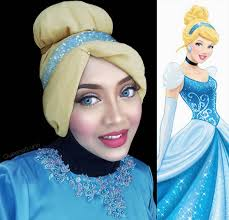 this halloween qween uses her hijab to transform into every disney