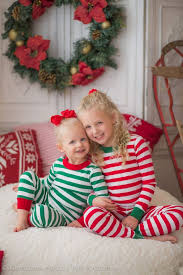 best 25 sibling christmas photography ideas on pinterest