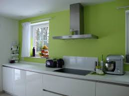 cuisine verte et blanche cuisine verte et blanche cuisine blanc vert moderne jespare bien