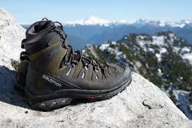 best s hiking boots australia best hiking boots of 2017 switchback travel