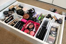 Organizing Makeup Vanity Uncategorized Makeup Case Makeup Storage Desk Makeup Organizer
