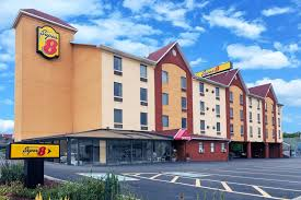 hotel 8 pigeon forge tn booking