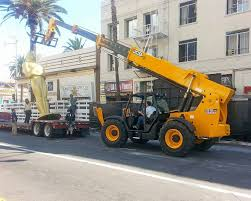 jcb load takes a bow in hollywood as oscars come to town farm
