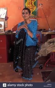 arundhati roy writer stock photos u0026 arundhati roy writer stock