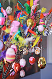 Easter Decorations To Make And Do by Easter Decorations Aka Let U0027s Put Feathers Where They Do Not