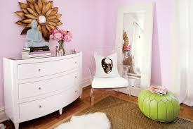 Vogue Bedroom Furniture by Interior Decorator Sam Allen Makes Over A College Student U0027s Off