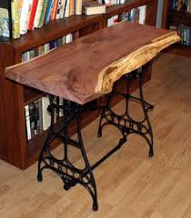 Antique Singer Sewing Machine Table This Table Is Made With A Vintage Singer Sewing Machine Base And A