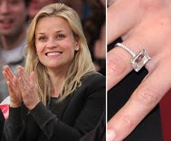 reese witherspoon engagement ring reese witherspoon engagement ring pictures popsugar