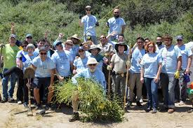 san diego thanksgiving events community to clean up tecolote canyon at annual canyon day event
