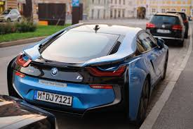 Bmw I8 911 Back - is this car giving birth to a 911 or