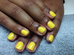 the polished nail bar