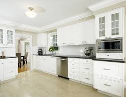 kitchen cabinet moulding ideas great kitchen crown moulding kitchen cabinet crown molding ideas