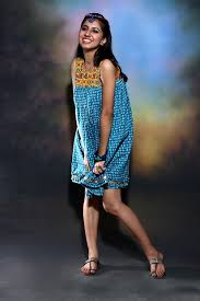 kurti pattern for fat ladies stylish and trendy kurtis for fat womens in india