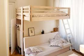 bureau sous mezzanine 10 conseils malins pour aménager l espace sous le lit mezzanine