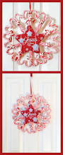 make a beautiful candy wreath using scripture candy great for
