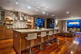 cuisine ouverte avec ilot table la cuisine avec ilot cuisine bien structurée et fonctionnelle