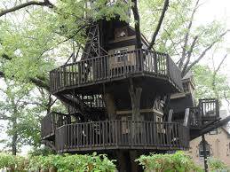 Real Treehouse 10 Kid U0027s Treehouses That Are Taking