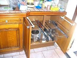rangement tiroir cuisine tiroir de cuisine coulissant awesome rangement cuisine coulissant