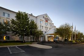 Airport Hotels Become More Than A Convenient Pit Hotel Springhill Pit Airport Pa Robinson Township Pa Booking Com