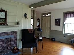 classic colonial homes interior sitting room primitive living