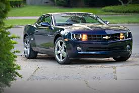 camaro rs v6 compared 2010 ford mustang v 6 vs 2010 chevrolet camaro v 6