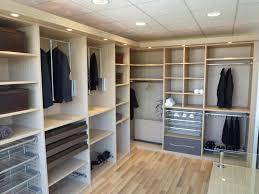 dressing de chambre la maison du dressing placard de chambre en bois estein design