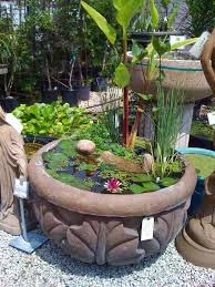 Building A Fish Pond In Your Backyard by Best 25 Mini Pond Ideas On Pinterest Container Fish Pond Diy