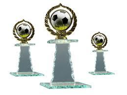 placas 20 tienda de trofeos deportivos personalizados mejores 8 imágenes de trofeos en pinterest trofeos placas y vidrio