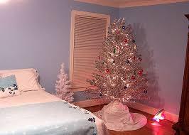 vintage aluminum christmas tree vintage aluminum christmas tree i got out the 1960 s alumi flickr