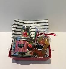 Champagne Gift Basket Chocosina Chocolate Candy And Champagne Gift Baskets Chocosina