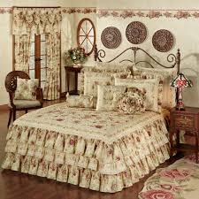Medallion Bedding Vintage Rose Floral Ruffled Grande Bedspread