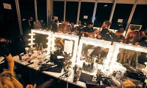 makeup artist station how much does it pay to be a trainee makeup artist the makeup