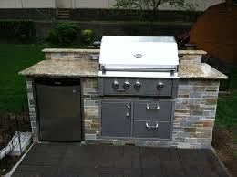 outside kitchens ideas stunning design small outdoor kitchen terrific outdoor kitchen