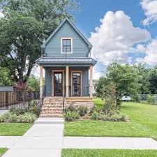 Question And Answer With Fixer by Fixer Upper Shotgun House Is For Sale Popsugar Home