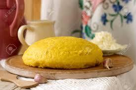 cuisine moldave mamaliaga or polenta a traditional dish of moldovan