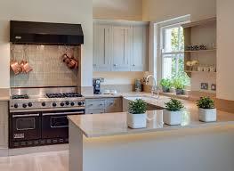 Small U Shaped Kitchen Design Ideas by 24 Stylish Black And White U Shaped Kitchen Home Design Lover