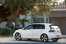 volkswagen golf gti 2015 4 door ausmotive com volkswagen golf vii gti in detail