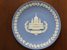 christmas plate wedgwood blue jasperware 1972 christmas plate st paul s cathedral