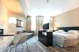 decoration chambre hotel luxe deco chambre hotel daccoration chambre hotel 2 actoiles decoration
