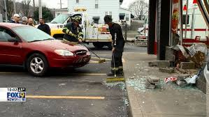 car crashes into burger king wtov