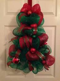best 25 deco mesh wreaths diy ideas on diy